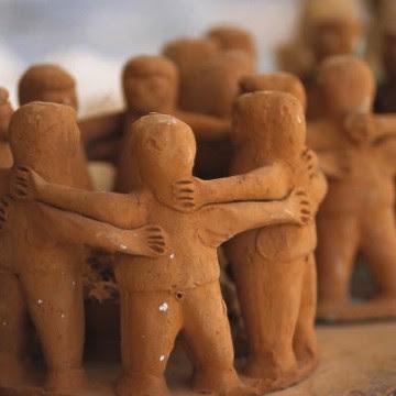 Clay People Hugging