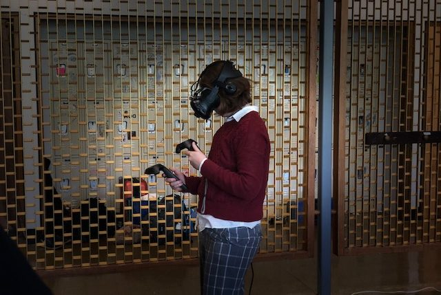 Virtual Reality at a Holistic School